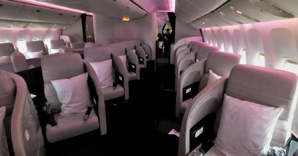 air new zealand business class cabin 1
