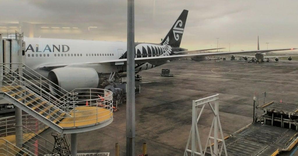 air new zealand business class plane