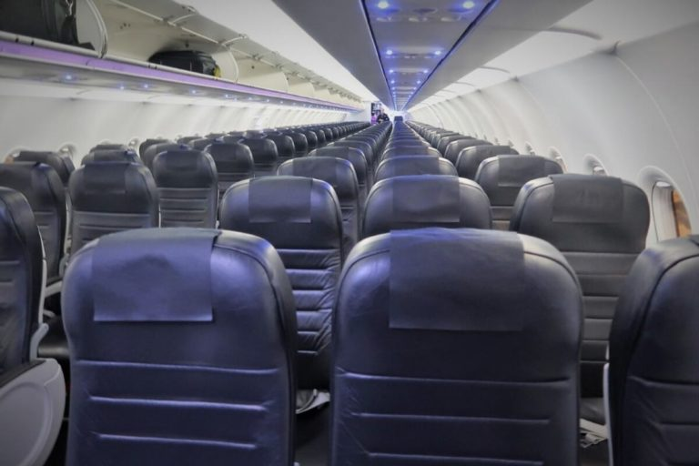 air new zealand economy class review