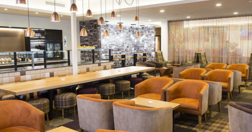 auckland airport strata club lounge is accessible with the American Express Airpoints Platinum Card
